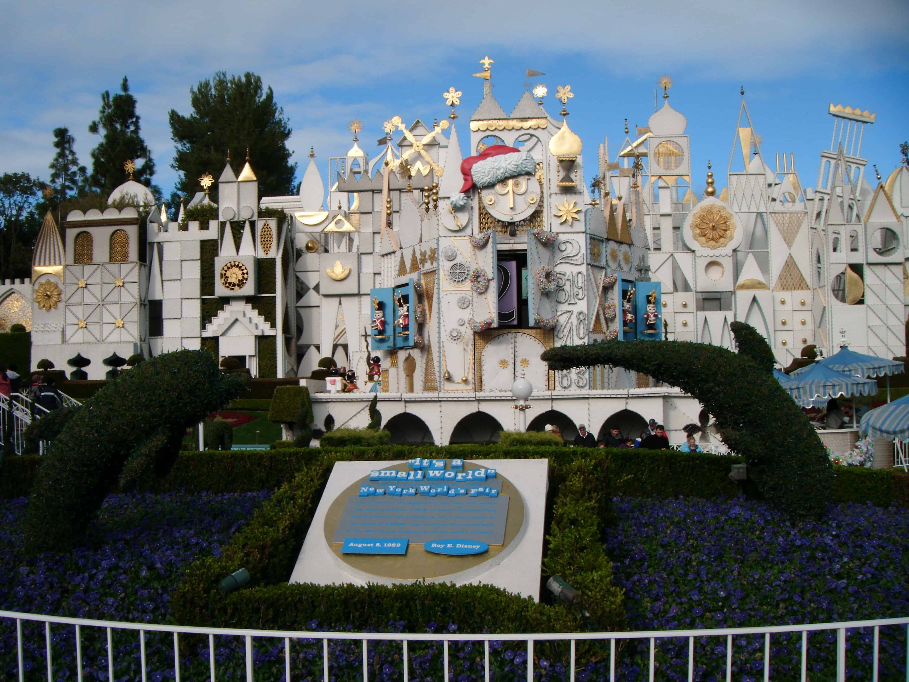 Ultimate guide to booking a walt disney world vacation kozmo photos