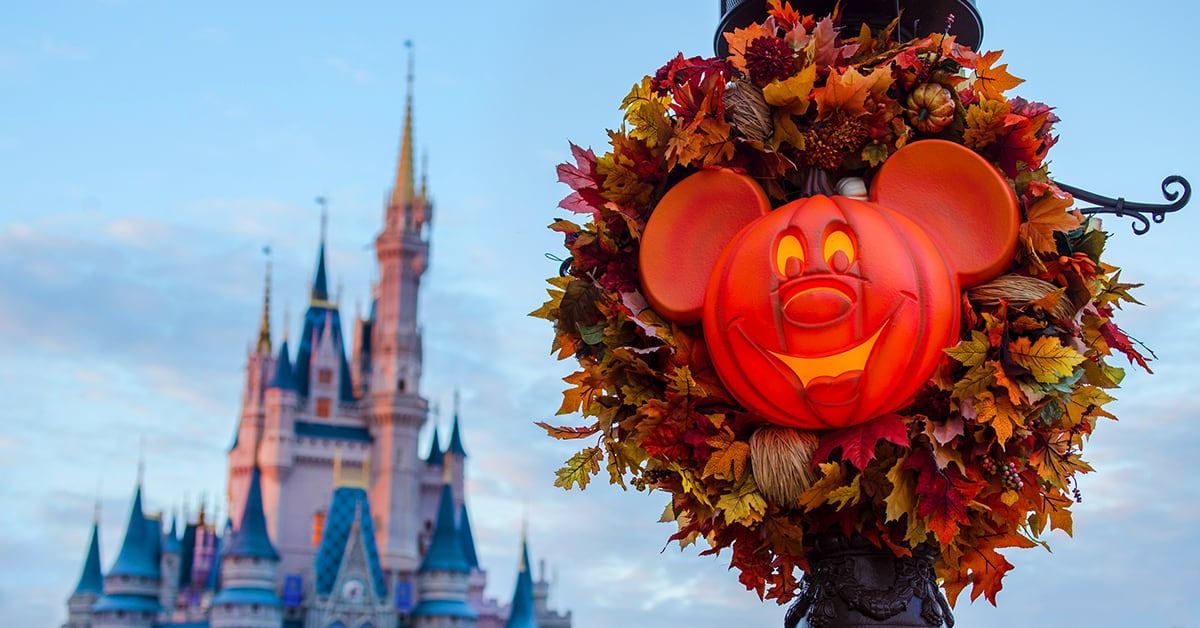 Halloween In Disney Florida.Your Go To Guide For Mickey S Not So Scary Halloween Party