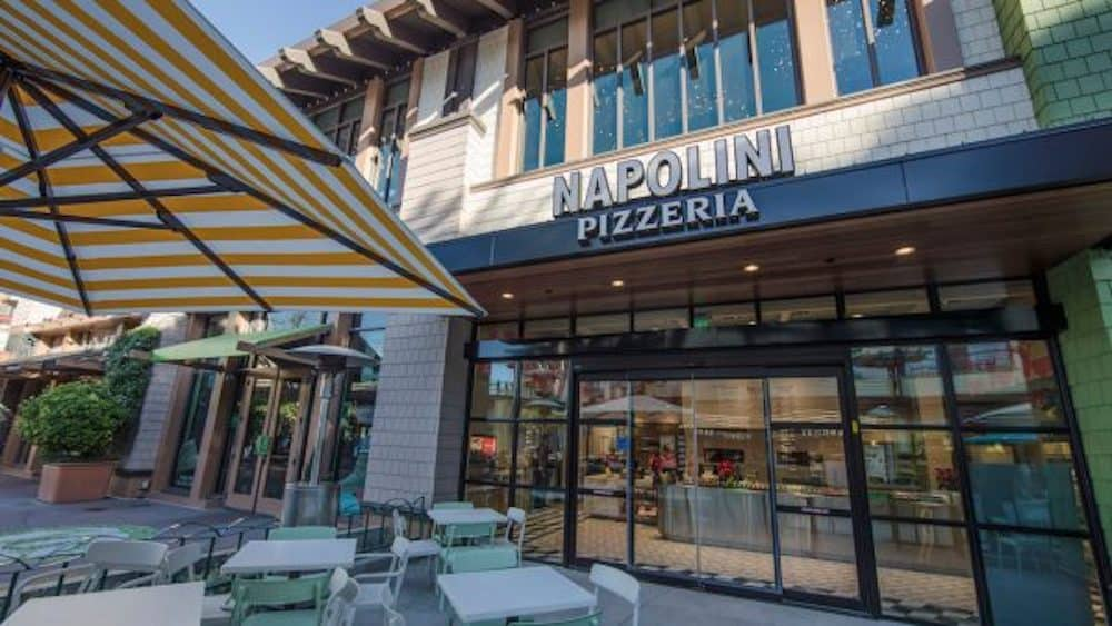 Build-Your-Own Pizza in Downtown Disney District